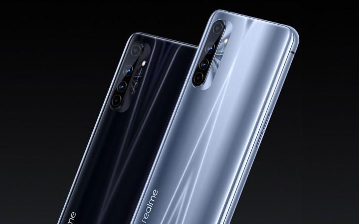 โทรศัพท์ Realme X50